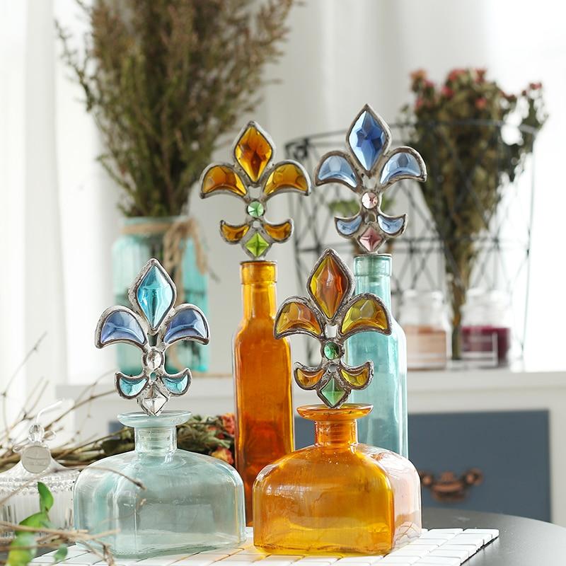 Classic Spearhead Bottle Stopper Color Glass Jar Perfume Bath Bottle Bohemian Decoration Bottle Vase Home Living Room Decoration