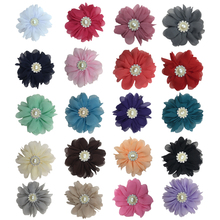 цены на 5pcs/lot 3inch Silk Gerbera Shape Fluffy Ballerina Clothes Decor Chiffon Flower with Pearl Button in Center Headwear Accessories  в интернет-магазинах
