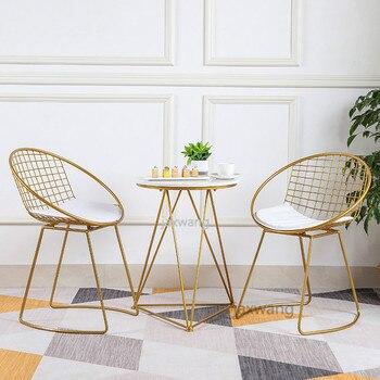 Silla de la barra de altura del asiento Silla de salón moderna de Metal negro dorado Silla de salón taburete de hierro arte suave cojín de la cafetería Europea Silla de salón