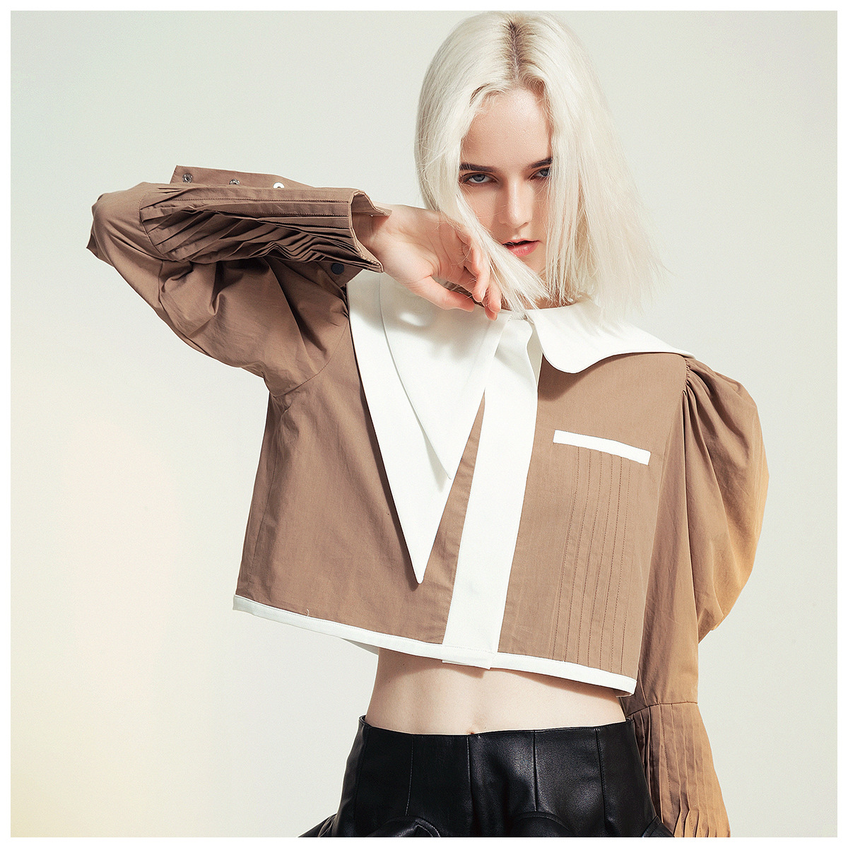 French Niche Design Asymmetrical Contrast Collar Lamb Leg Sleeves Short Shirt Shirt Jacket Blazers Women