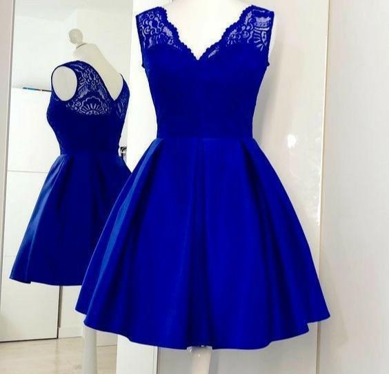Vintage Short Satin V-Neck Lace Homecoming Dresses with Pockets A-Line Knee Length Royal Blue Graduation Dresses for Teens