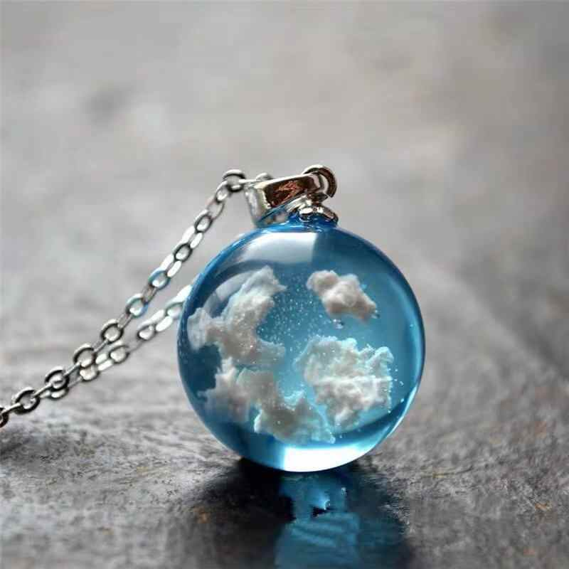 BOEYCJR Hot Resin Ball Bead Blue Sky and White Clouds Pendant Necklace Link Chain Novel Design Necklace for Women