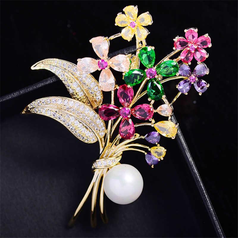 Lüks renkli çiçek AAA kübik zirkonya kadınlar için İnci pimleri broş kazak korsaj kristal Rhinestone aksesuarları