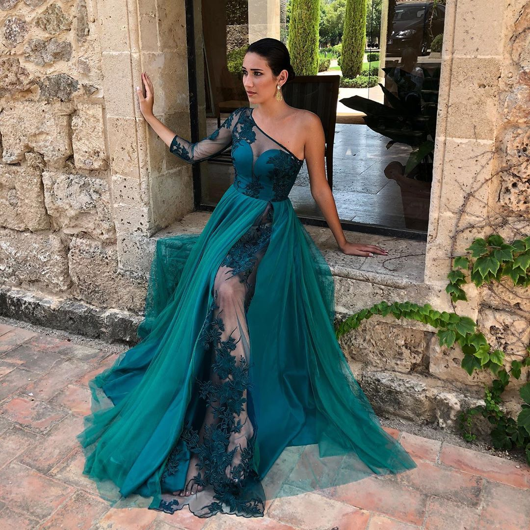 Emerald Green Long Sleeve Prom Dress One Shoulder Sexy See Through Lace Appliques Formal Occasion Dresses Long Party Gala Gowns