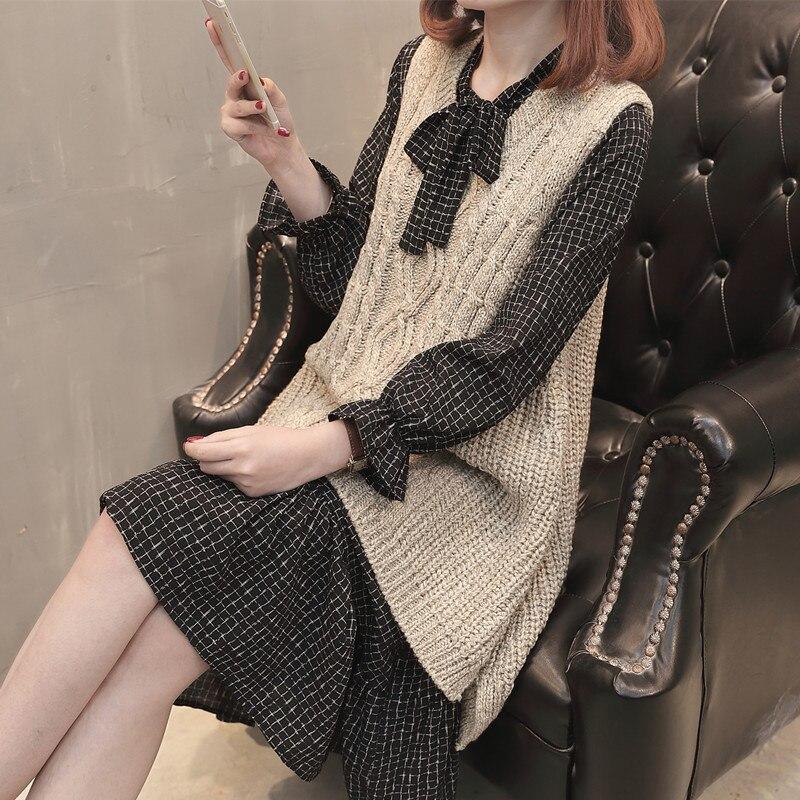 Spring Knitted Dress Women Fashion Two-piece 2019 Plaid Knitted Vest Waistcoat Autumn Long Sleeve Dress Women Casual Midi Dress