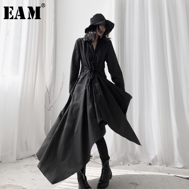 [EAM] Women Black Asymmetrical Long Blouse New Lapel Long Sleeve Loose Fit Shirt Fashion Tide Spring Autumn 2020 19A-a534