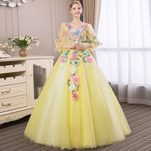 3/4 женское платье с пышными рукавами и кружевной аппликацией