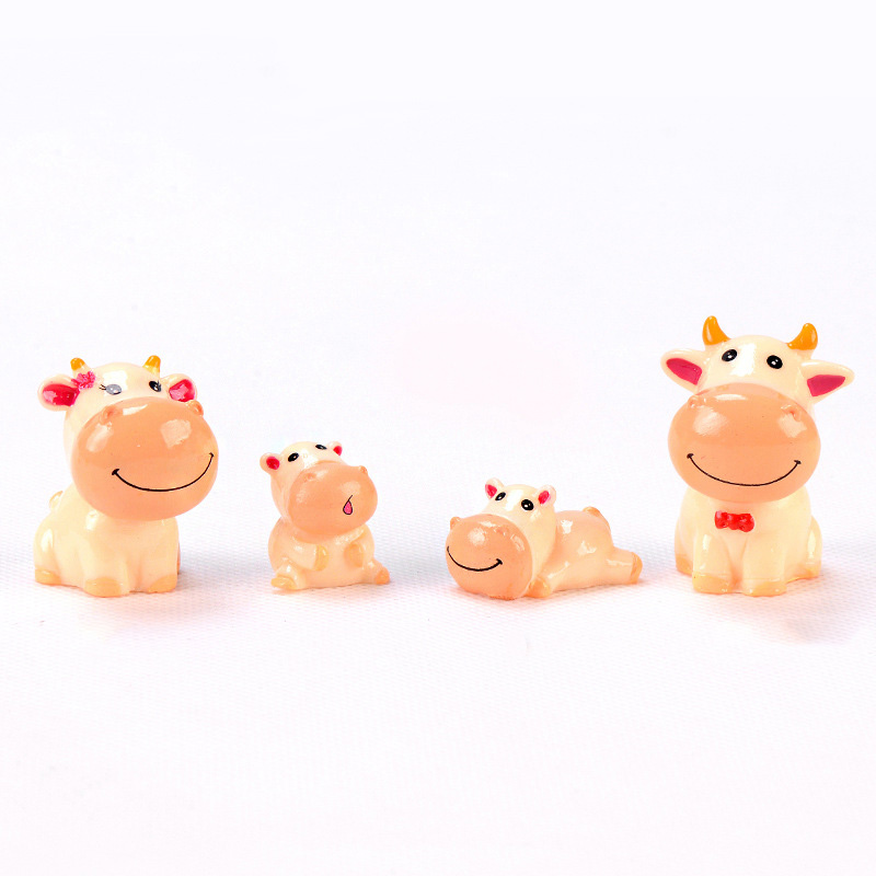 4/PCS Cute Cow Miniature Figurines Garden Room Home Decor Accessories Modern Adornos Para Casa Ornaments Home Fairy Garden Kids