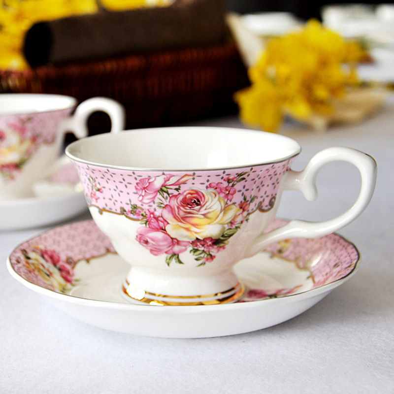Coffee Cup And Saucer Sets Afternoon Tea Cups tazzs de cafe Cafe Bar Supplies creative ceramic cup Europe cups