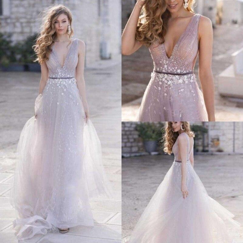 Bohemian Sparkly Wedding Dress 2020 Appliqued Beach Wedding Gowns V Neck Sleeveless Luxury A Line Vestido De Noiva