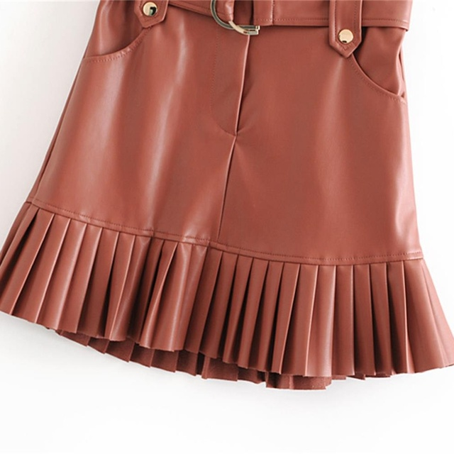 New fashion trend of autumn women's wear in 2019 small pleated imitation leather mini-step cake skirt 6