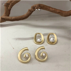 AOMU-S925-Sterling-Silver-Pin-Vintage-Geometric-Natural-Pearl-Metal-Hollow-Circle-Stud-Earrings-for-Women
