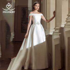 Image 1 - Swanskirt Vintage Áo Cưới Năm 2020 Thời Trang Cổ Thuyền Lệch Vai Chữ A Pha Lê Satin Công Chúa Cô Dâu Đầm Vestido De Novia GY24
