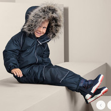 Children's ski suits girls and boys one-piece outdoor thickened waterproof ski pants suit Xuexiang ski equipment