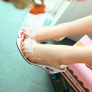 Image 5 - YEELOCA sandalias de cuña de 6,5 CM para mujer, zapatos de tacón con flores dulces transparentes, Punta abierta, color rojo, de talla grande 33 43