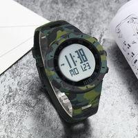 Digital de los hombres del reloj del deporte de moda a prueba de agua camuflaje militar LED verde niños reloj de alarma, cronómetro reloj masculino