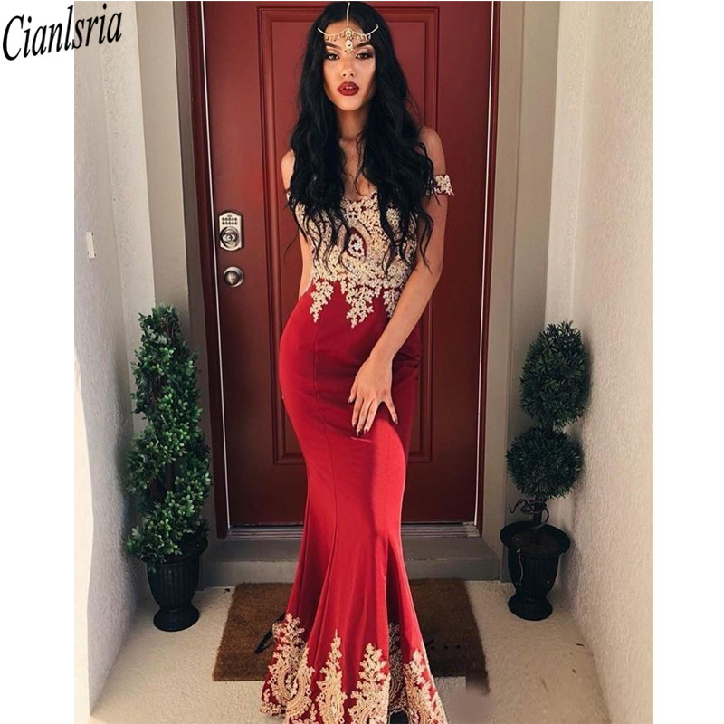 Arabic Mermaid Prom Dresses Off Shoulder Sweep Train Gold Appliques Long Formal Evening Party Gowns Special Occasion Dress