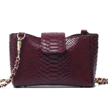 Moda kadın Python desen deri çanta kabartmalı Python deri omuzdan askili çanta yaz parti moda çanta çanta