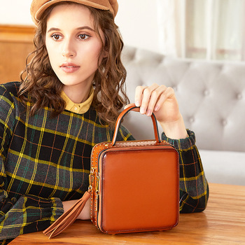 Bag Messenger Portable Woman Cowhide Rivet Single Shoulder Small Square Tassels Packet