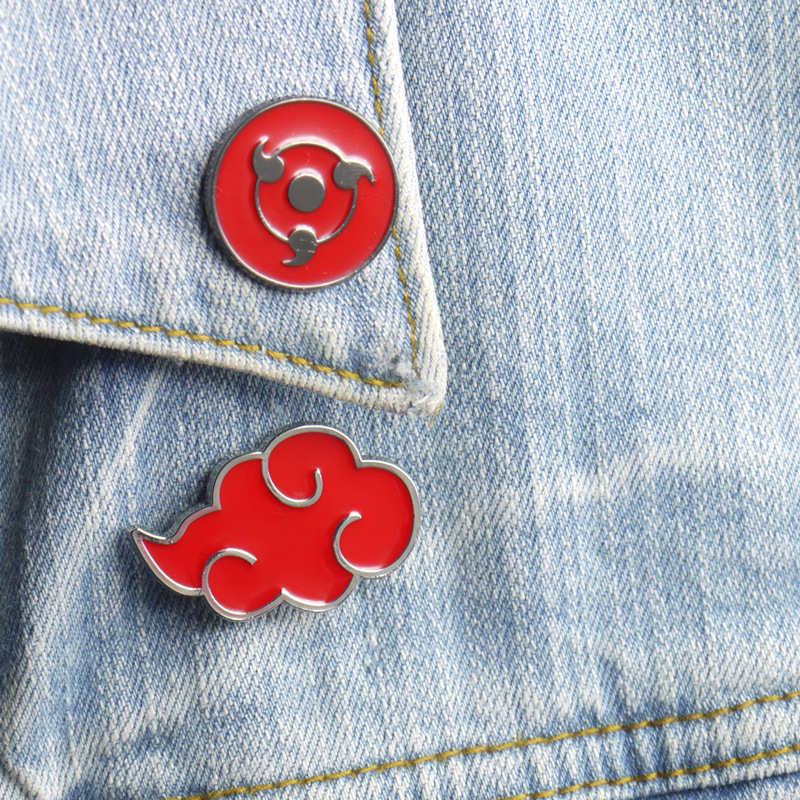 Naruto Sharingan Akatsuki Red Cloud Kunai Shuriken Enamel Pins Brooch Cosplay Props Alloy Costume Accessories