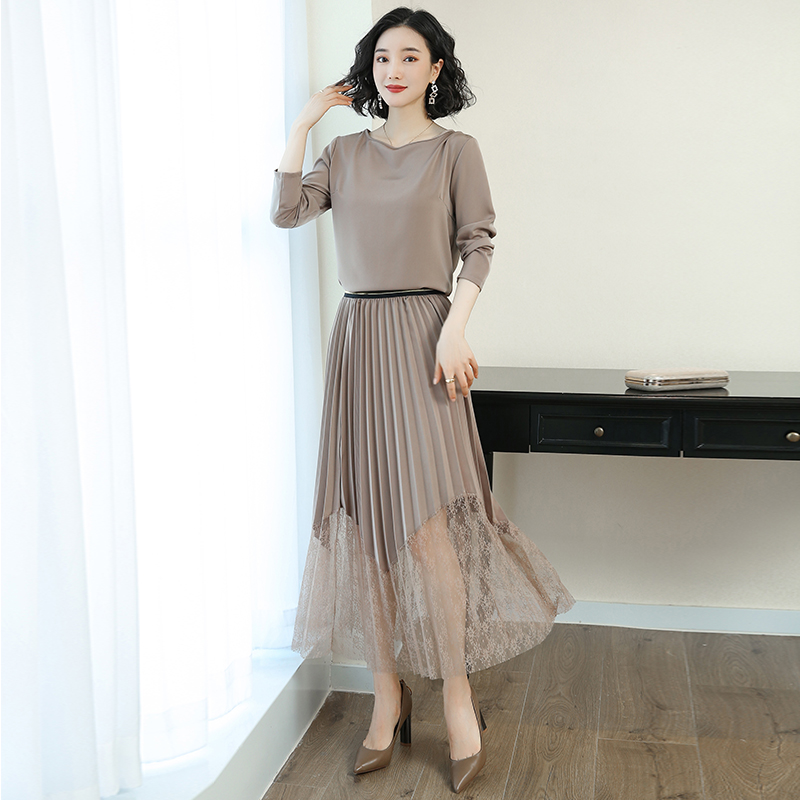 Han edition of the new long dress women in early spring bud silk joining together render skirt pleated skirt two-piece outfit