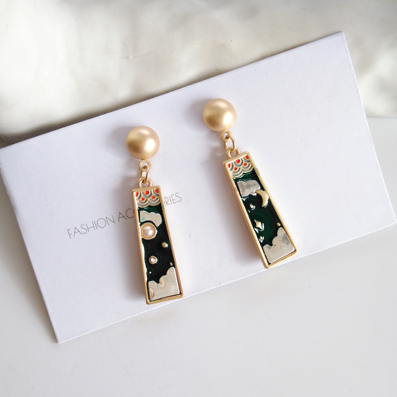 Fashion Creative Niche Nifty Girl Stud Earrings Cute Romantic Moon Clouds Pearl Tassel Earrings For Women Jewelry Making