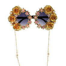 Baroque Sunglasses Chain Bling Rose Gold Vintage Trendy Flower Pearl Luxury Designer Sun Glasses Oversized