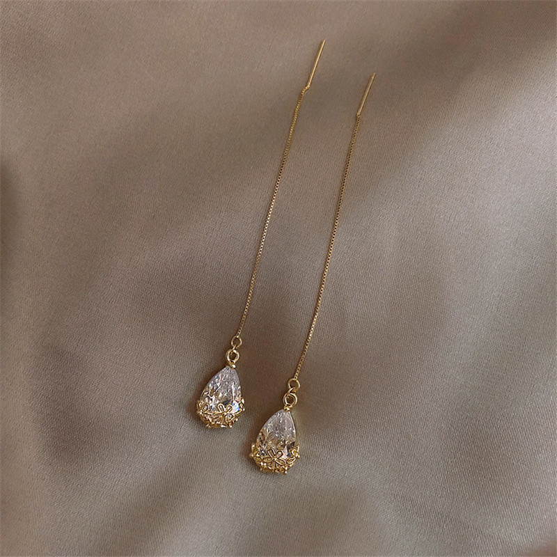 Korean Fashion Zircon Gold Long Pendant Earrings for Women Simple Temperament Crystal Statement Earrings New Jewelry Accessories