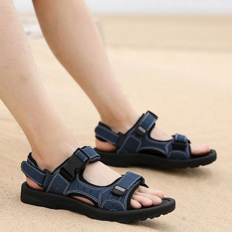 New Men's sandals Summer Black Casual Shoes High Quality Flat Beach Sandals slippers for Men hommes sandalias size 36-46