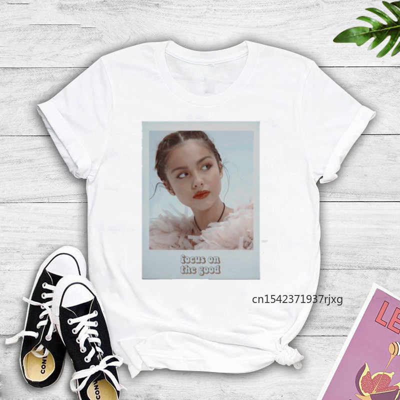 Oversized T-Shirts Vintage T-shirt Olivia Rodrigo Poster Graphic Women SOUR Album Cover Funny Women Fans Graphic Tees