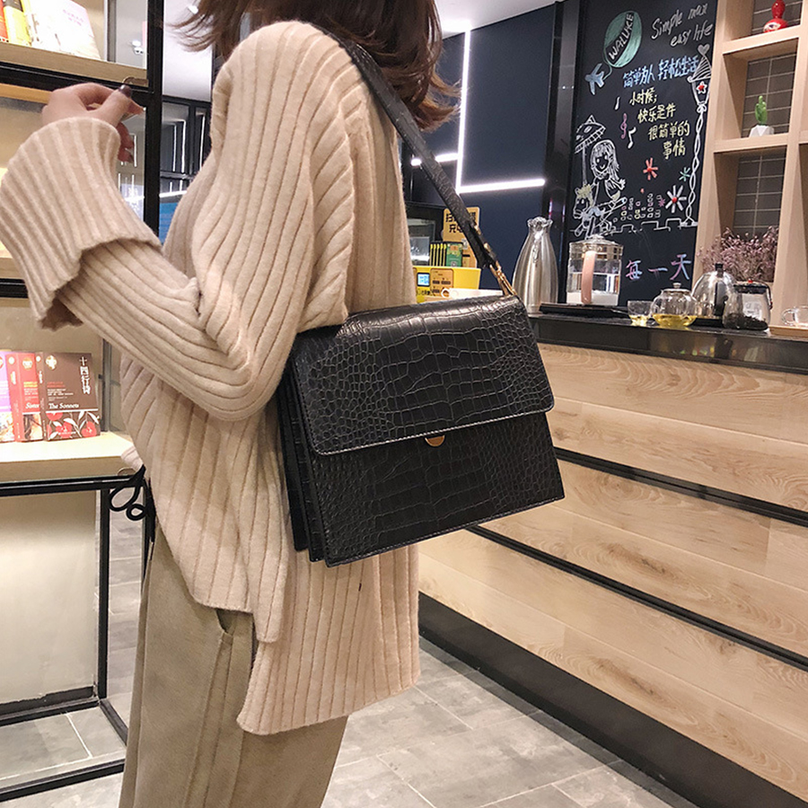 Women 39 S Crossbody Bags Handbags For Women 2019 Fashion Shoulder Bag Stone Texture Vintage Handbags Luxury Big Messenger Bags in Shoulder Bags from Luggage amp Bags