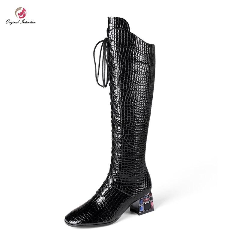 Intention originale nouveau Design pierre Grain cristal talons carrés Sexy genou bottes hautes femme noir vin rouge croix liée mode chaussure