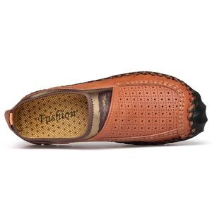 Image 4 - Zapatos informales de cuero genuino para hombre, mocasines transpirables sin cordones, cómodos para conducir los zapatos de hombres, de cuero de talla grande 38 48