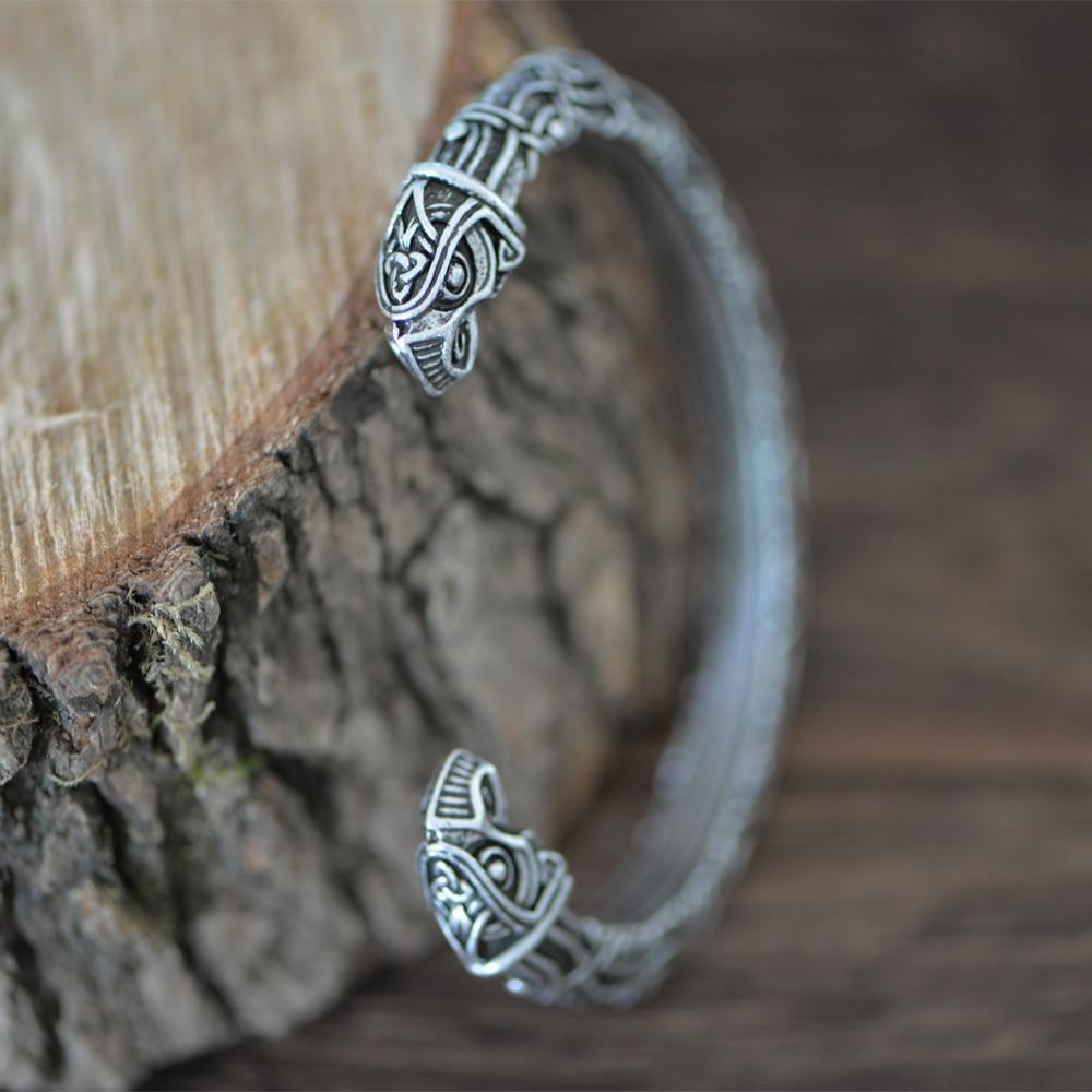 Viking Raven Head Bracelet lazyload