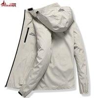 Erkek Kıyafeti'ten Ceketler'de Erkekler Rahat Su Geçirmez Ceket erkekler Bahar Sonbahar Turizm Rüzgarlık Bombacı Ceket Erkek Yağmurluk Rüzgar Geçirmez kapüşonlu ceket L ~ 5XL
