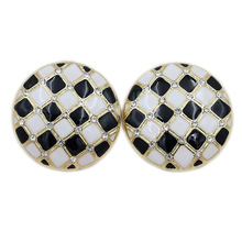 Qingdao Jewelry Hollow Flower Round Black and White Spotted Earrings Wholesale by Japanese Korean Manufactu
