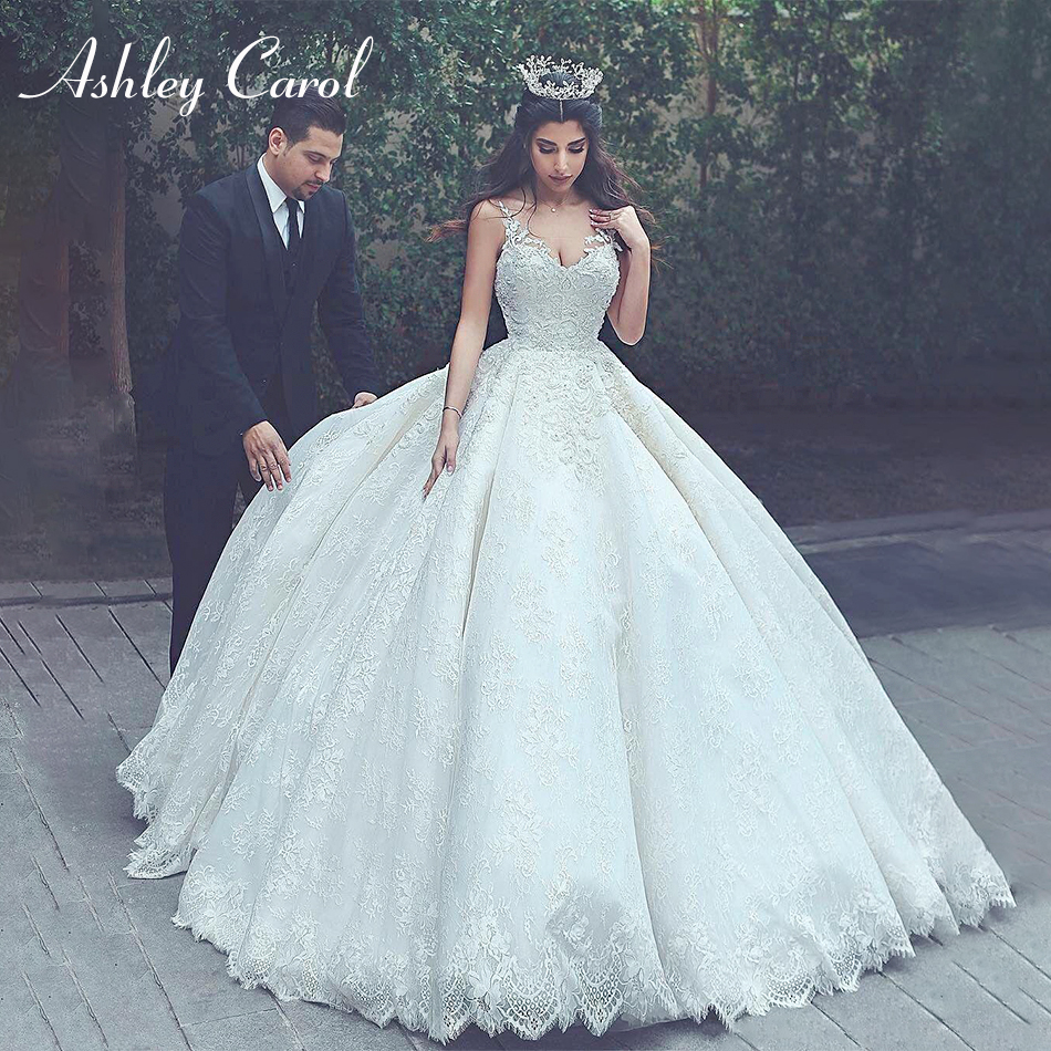 Ashley Carol Lace Princess Ball Gown Wedding Dress 2019 Spaghetti Straps Sexy V-neck Backless Muslim Wedding Gowns Plus Size