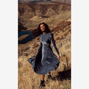 Image 3 - 3XL Bodyconผู้หญิงกำมะหยี่ชุดแฟชั่นฤดูใบไม้ร่วงชุดฤดูหนาวสบายๆรอบคอยาวแขนยาวMidi Dresses Vestidos