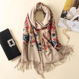Image 5 - 2020 럭셔리 브랜드 여성 스카프 고품질 자 수 겨울 캐시미어 스카프 레이디 shawls 및 랩 여성 pashmina echarpe