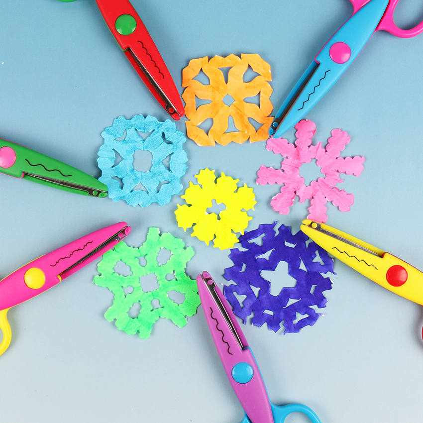 Laciness Scissors Metal And Plastic DIY Scrapbooking Photo Colors Scissors Paper Lace Diary Decoration With 6 Patterns 6 PCS