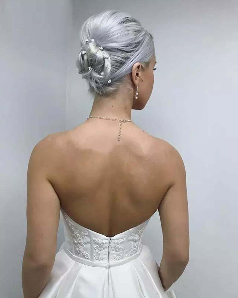 Elegant Satin A Line Wedding Dresses Sweetheart Appliques Bridal Gowns With Pocket Garden Simple Sweep Train Wedding Gowns