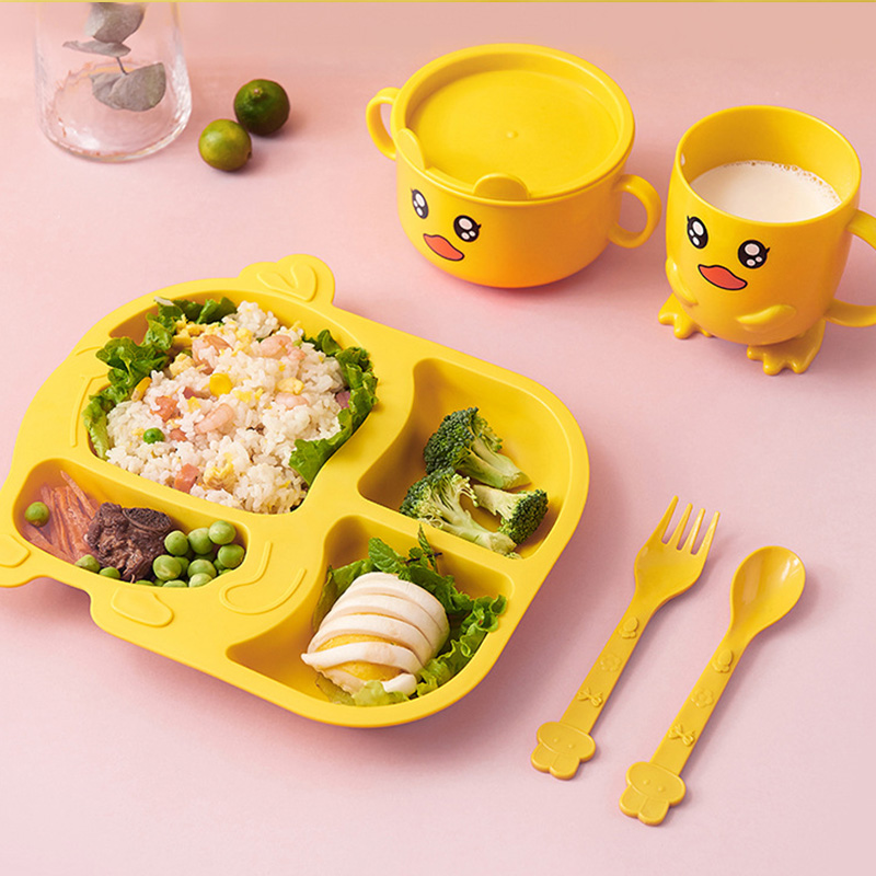 Baby Plastic Dishes Set Cartoon Yellow Duck Kids Training Bowl Plates Food Grade Spoon Fork Cup Children Feeding Plate Tableware