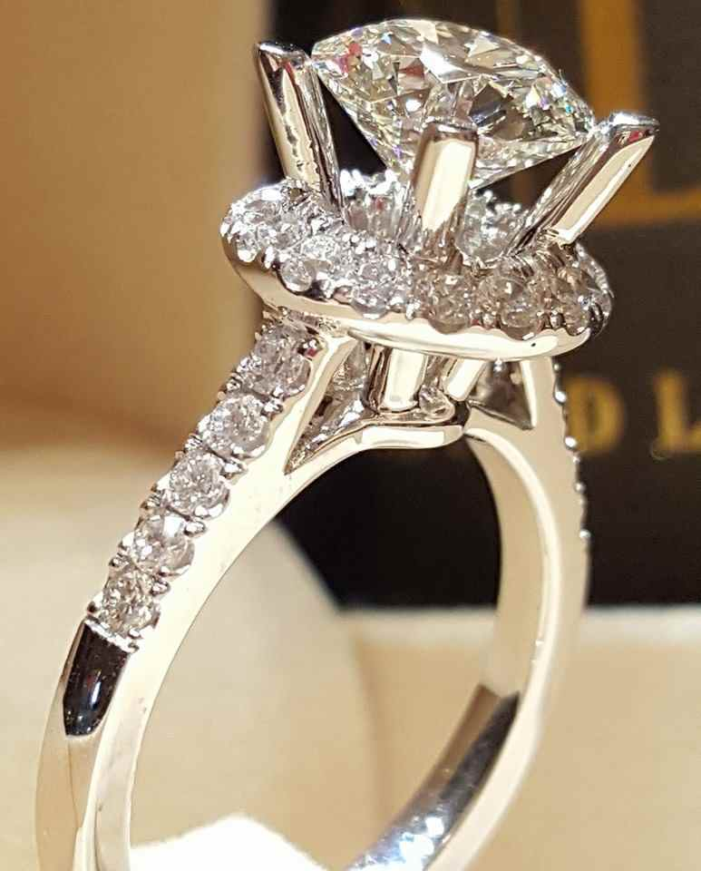 2019 new luxury halo 925 sterling silver engagement ring for women lady anniversary gift jewelry wholesale moonso R5469