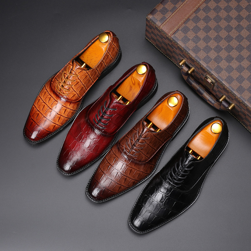 2020 Luxury Designer Crocodile Pattern Men Formal Shoes Men Wedding Party Brogue Shoes High Quality Business Leather Shoes