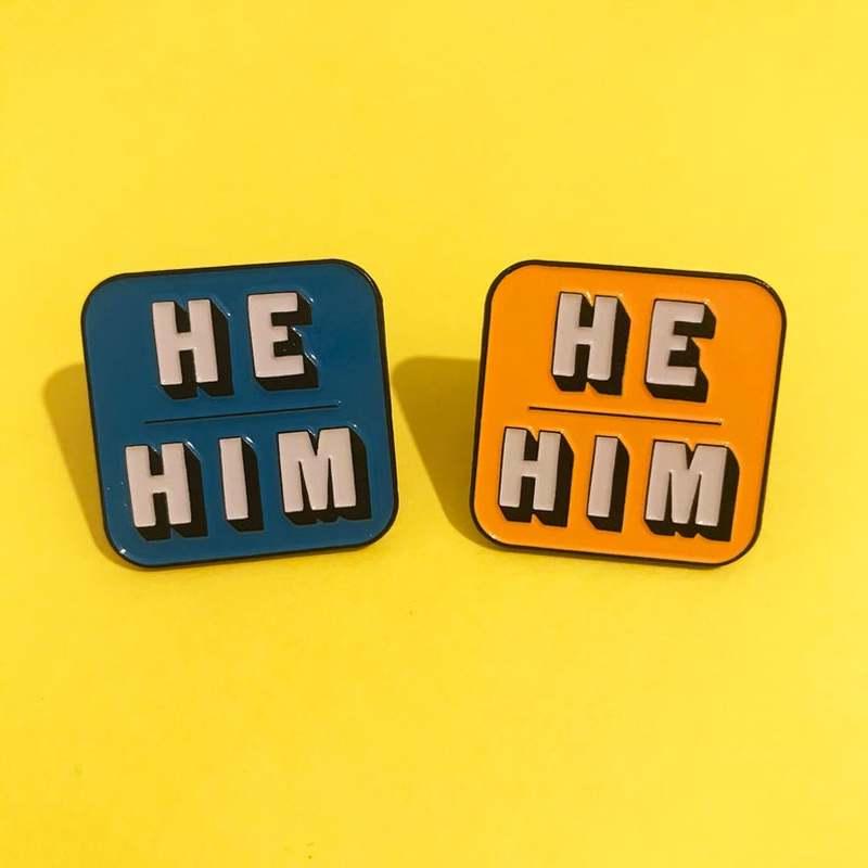 Pin esmaltado de solapa, broche de Metal azul/naranja, accesorios de insignia, novedad, 2021