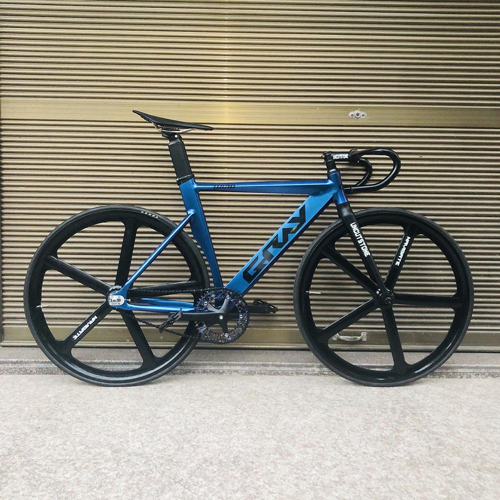 Fixie Bike 52cm 56cm frame single speed bike Welding frame with carbon fiber fork color Aluminum alloy  Track Bicycle 700C