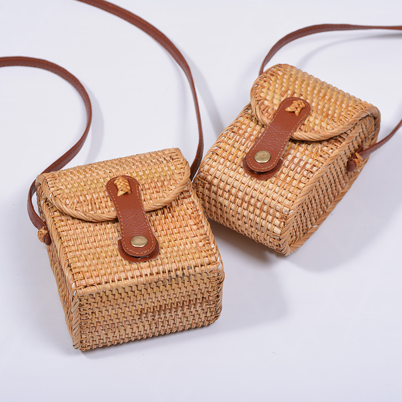 Lovevook women rattan bag handmade woven beach bags for summer straw phone pouch for travel crossbody bags for phone ladies 2020