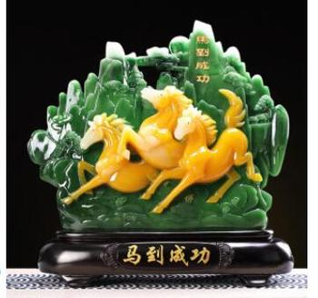 Achieve immediate victory Horse world Office home living room wine cabinet decoration decoration new house gift