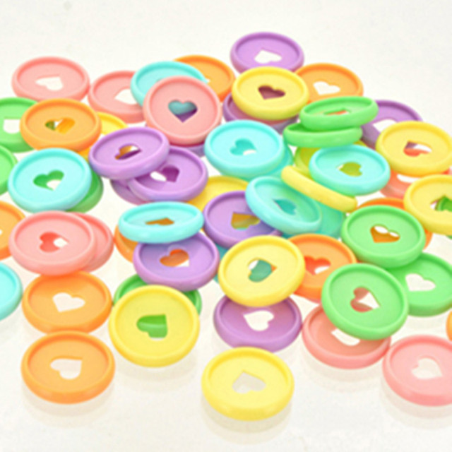 Plastic binding ring 100PCS28M color heart-shaped plastic ring buckle mushroom hole loose-leaf notepad heart button CD disc
