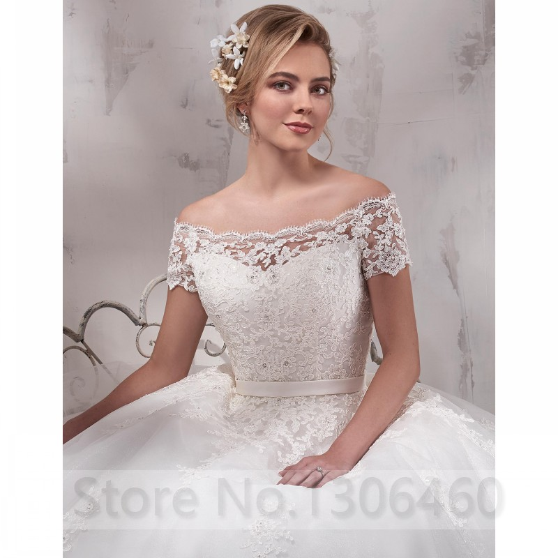 Off The Shoulder Boat Neck Short Sleeve A Line Applique Lace Wedding Dress 2019 Plus size Custom Made Embroidery Wedding dress in Wedding Dresses from Weddings Events
